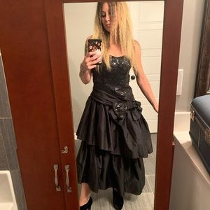 Vintage 80's prom ball dress black